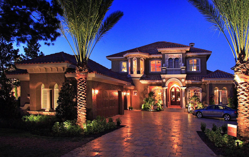 Dave brewer inc orlando 39 s master custom home builder for What is a luxury home